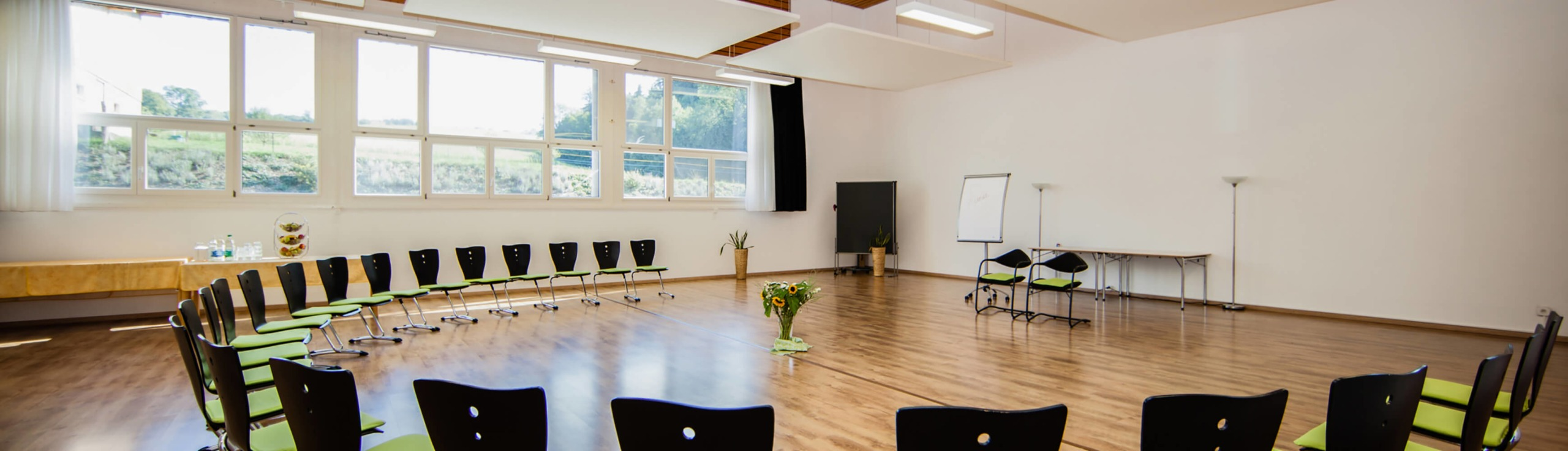 Seminarräume_Chlotisberg_Balance-Kreisbestuhlung 12/Seminarräume_Chlotisberg_Balance-Kreisbestuhlung