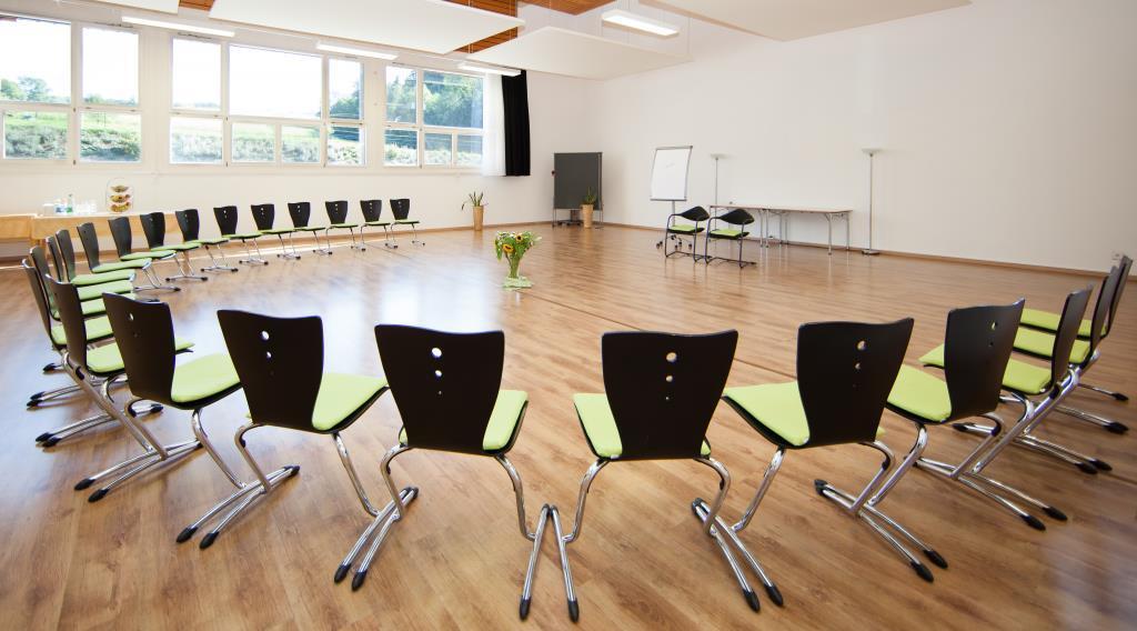 Seminarzentrum_Chlotisberg-Seminarraum_Balance 12/Seminarzentrum_Chlotisberg-Seminarraum_Balance
