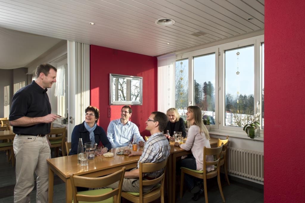 Seminarhaus_Chlotisberg_Restaurant_Gaeste 01/Seminarhaus_Chlotisberg_Restaurant_Gaeste