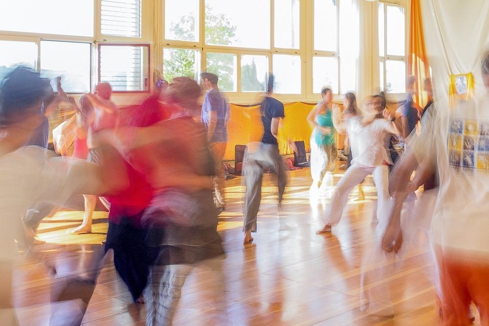 Panorama-4.4.-Seminarhaus-Chlotisberg-Musik-Bewegung-Tanz-Bearbeitet 2