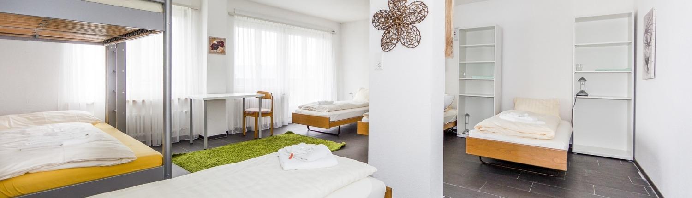 Panorama-Seminarhaus-Chlotisberg-Mehrbettzimmer 04/Panorama-Seminarhaus-Chlotisberg-Mehrbettzimmer