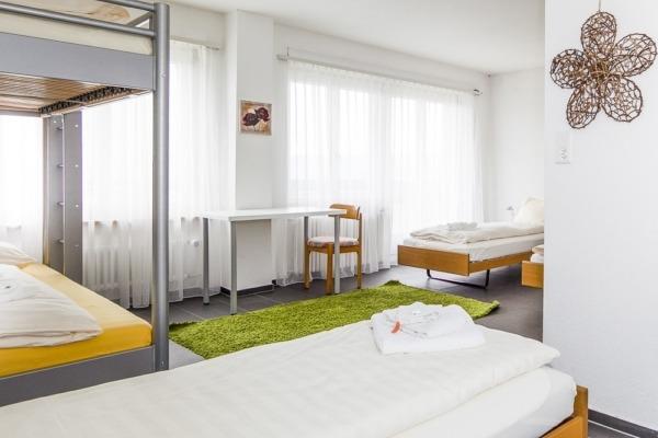 Panorama-Seminarhaus-Chlotisberg-Mehrbettzimmer 2